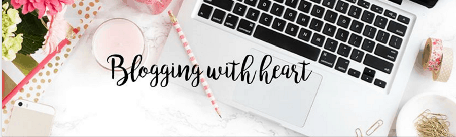 10 Facebook groups for Bloggers and Entrepreneurs (plus tips and strategies to make the most out of them)